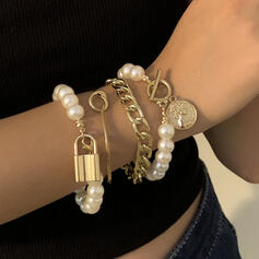 Fashionable Sexy Vintage Classic Alloy Imitation Pearls With Imitation Pearl Women's Ladies' Bracelets 4 PCS